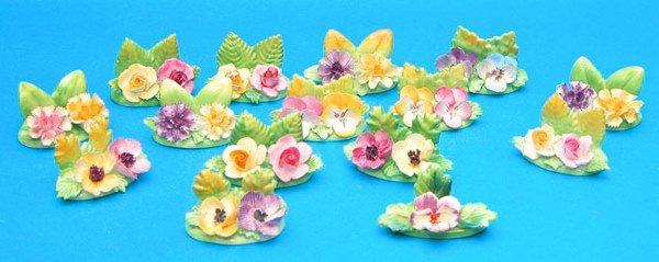 1016: (15) Coalport floral dinner place card holders, t