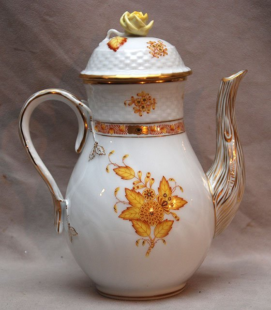 13: Herend teapot, yellow flowers on white with rose fi