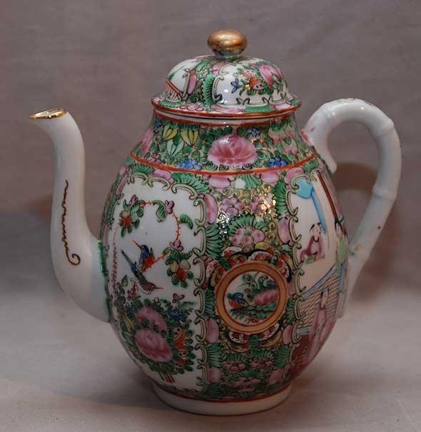 "15: Rose Medallion teapot, stamped ""China"" 7 1/2""h"