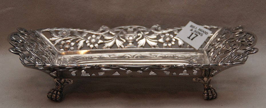 17: Sterling footed reticulated dish, rectangular shape