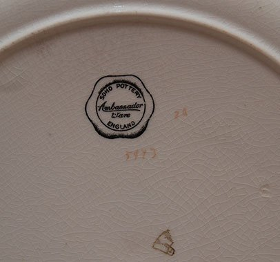 "417: 11 Soho pottery ""Ambassador Ware England"" green pl - 2"