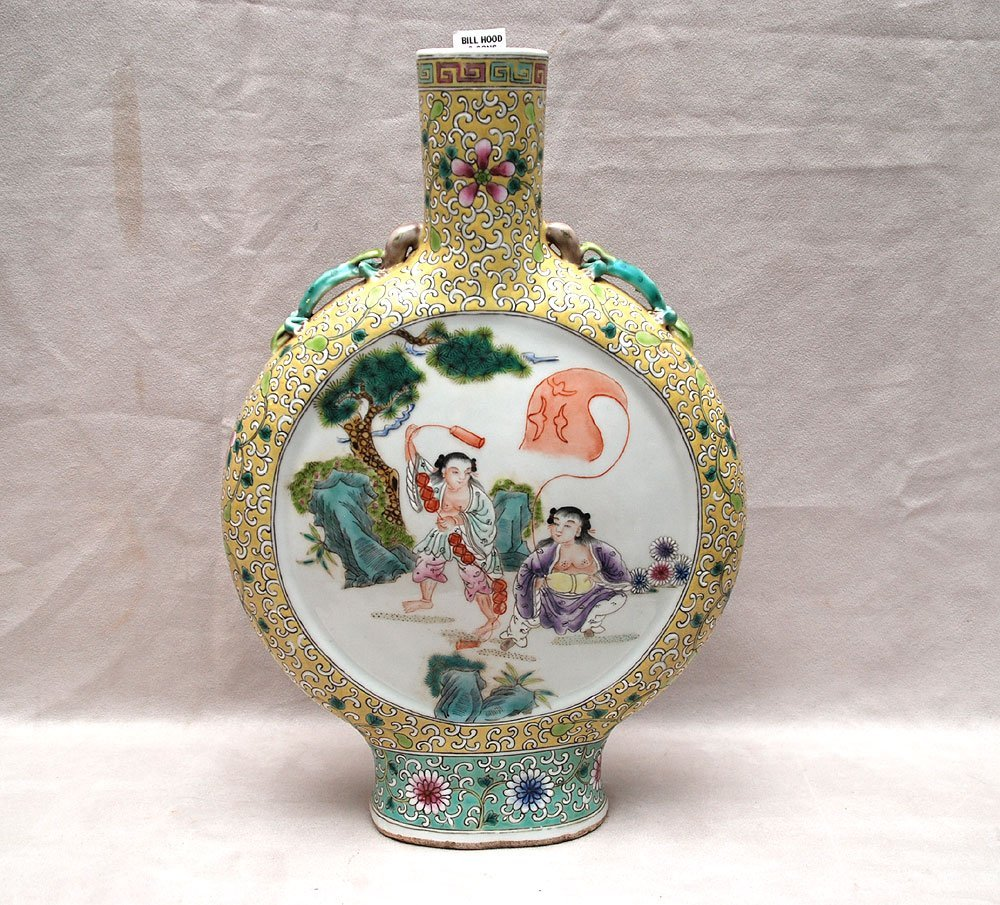 "13: Chinese Famille Rose vase, 19th c, 15""h"