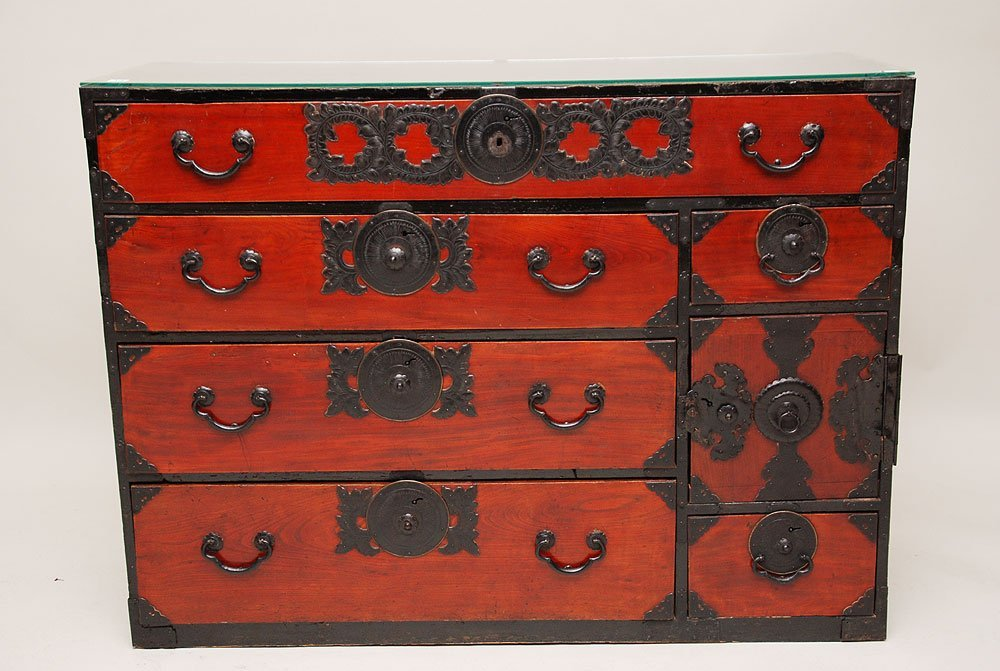 118: Japanese tansu chest with 6 drawers, one door reve