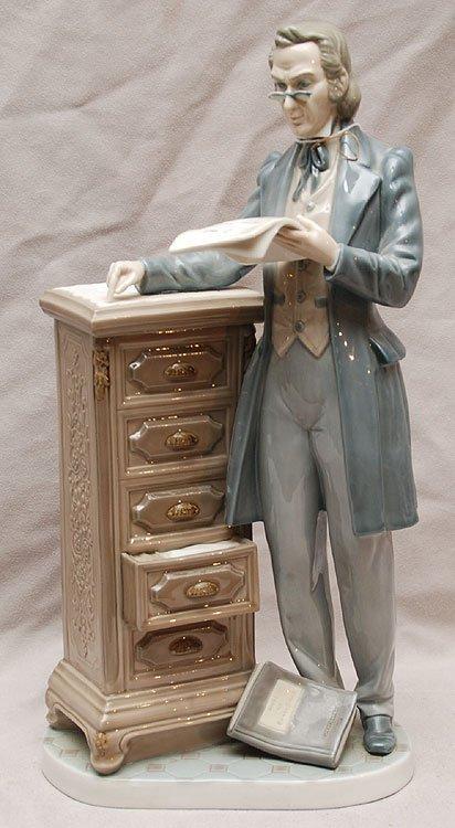"""17: Lladro figure of gentlemen reading, 12 1/2""""h"""