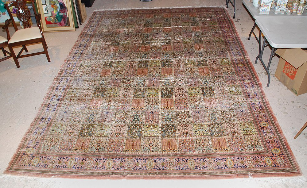 425: Large Chinese Silk Rug, 10' x 14'