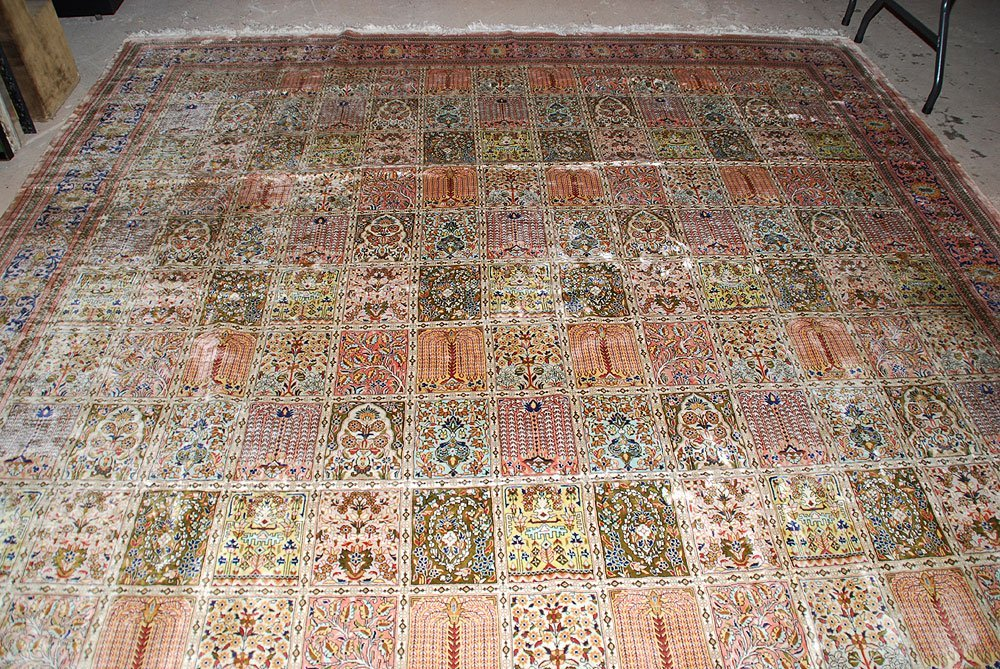 425: Large Chinese Silk Rug, 10' x 14' - 4