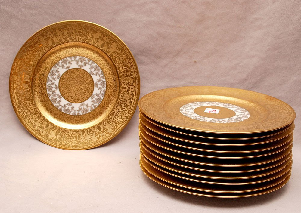 "12 ""Heinrich & Co. Bavaria"" plates with gold decoration"