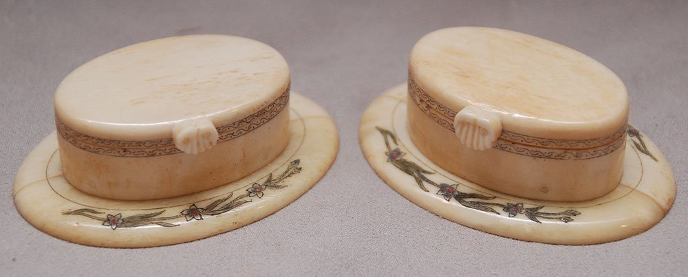 Pair of miniature marine ivory hat boxes with