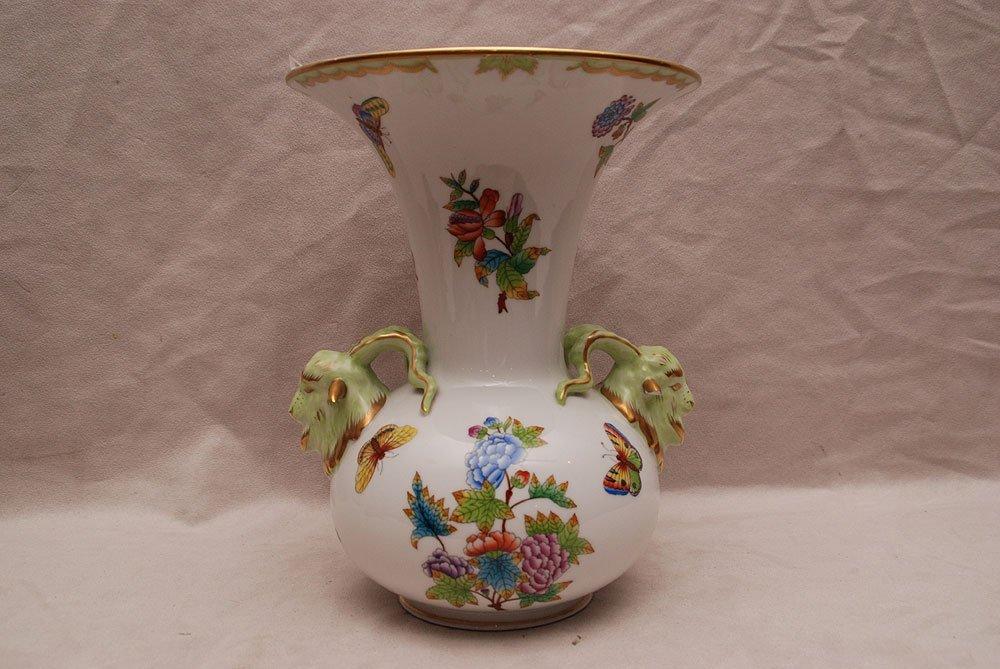 """Herend vase with flare rim and 2 ram's heads, """"Queen Vi"""