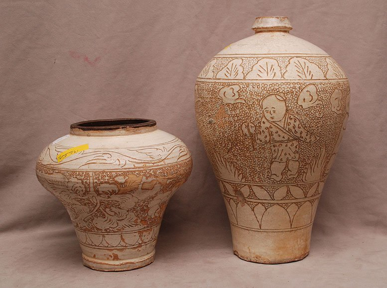 2 Chinese pottery vessels with incised figures &