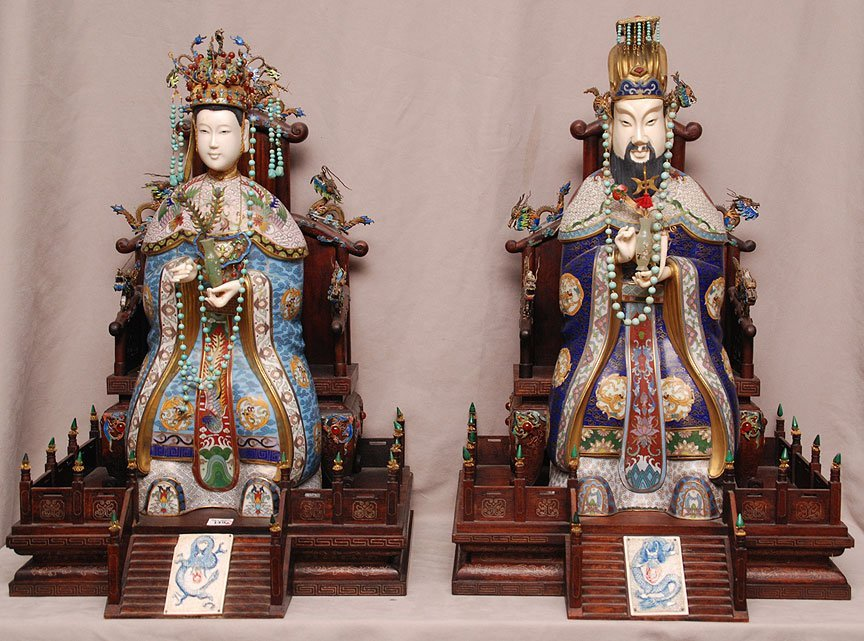 Chinese pair of Impressive and highly decorated cloison