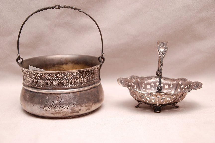 2 sterling bowls with handles, 8ozt