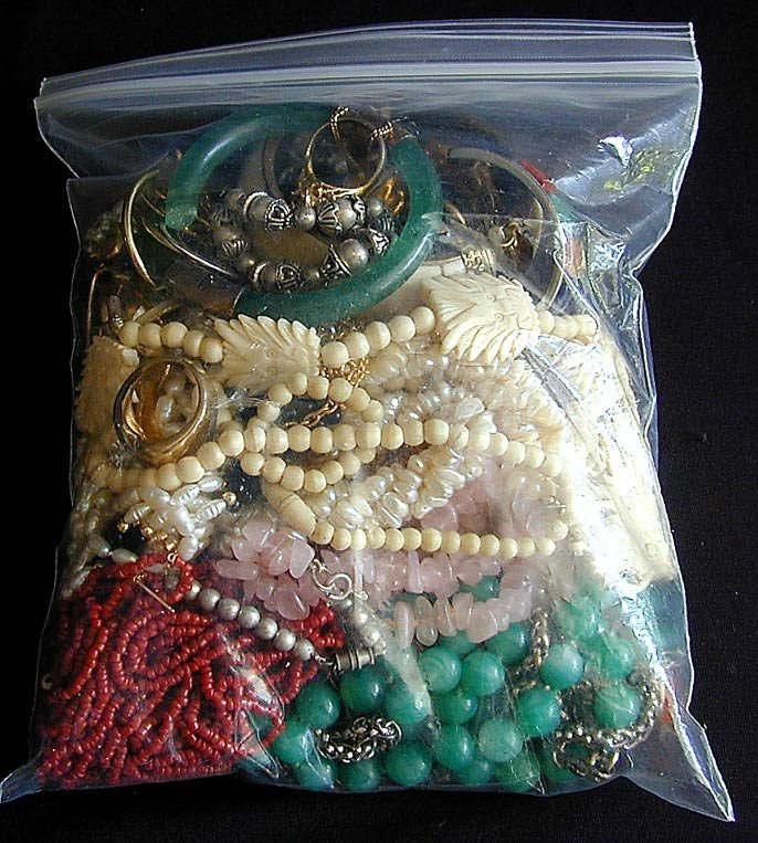 43 PCS Vintage Costume Jewelry Including necklaces,