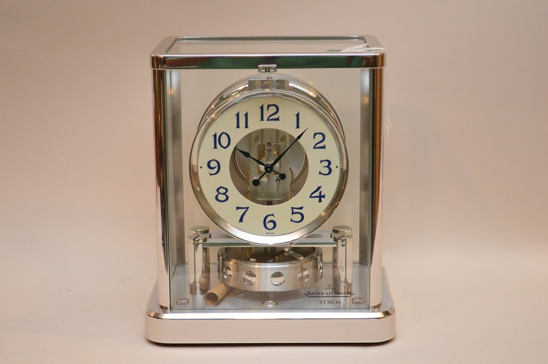 Le Coultre Chrome Atmos Clock.  Condition: good. Ht 9