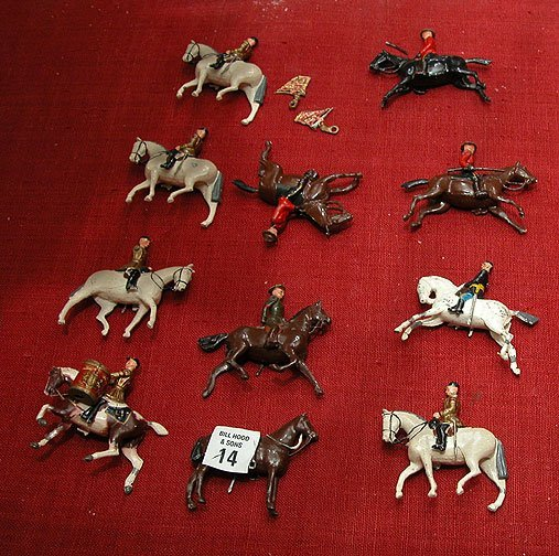 14: 11 pcs. lead horsemen, incl: 3 Canadian Mounties; 3