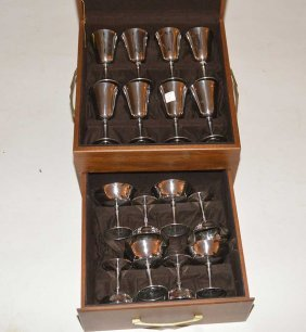Set 16 Del Uberti Silver Plated Goblets. 8 Wine