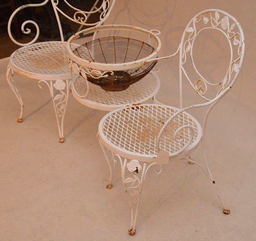 Painted white metal patio settee with attached center - 3