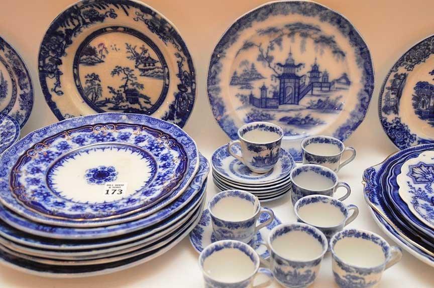 Flo Blue china and Historic transferware, 25 various - 2