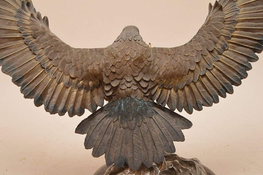 """CHESTER FIELDS """"THE ATTACK"""" BRONZE EAGLE SCULPTURE. Ht. - 6"""