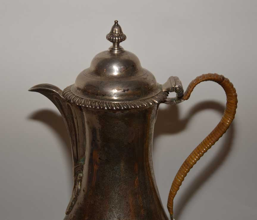 Georgian silver teapot on stand, circa 1750, Wm. Shaw - 2