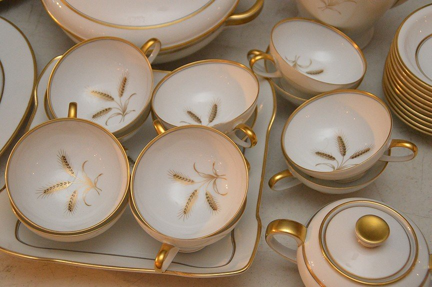 ___ pcs. Of Rosenthal china, incl; (gold wear to rims) - 3
