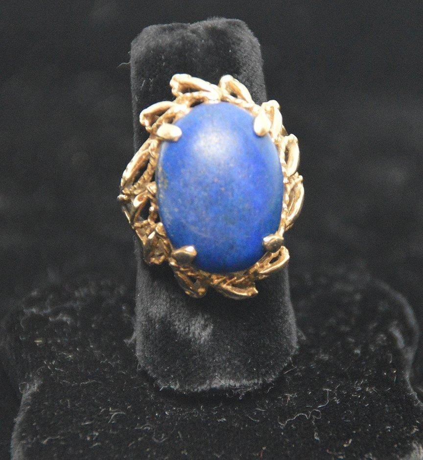 Ladies ring, 14kt gold, lapis stone