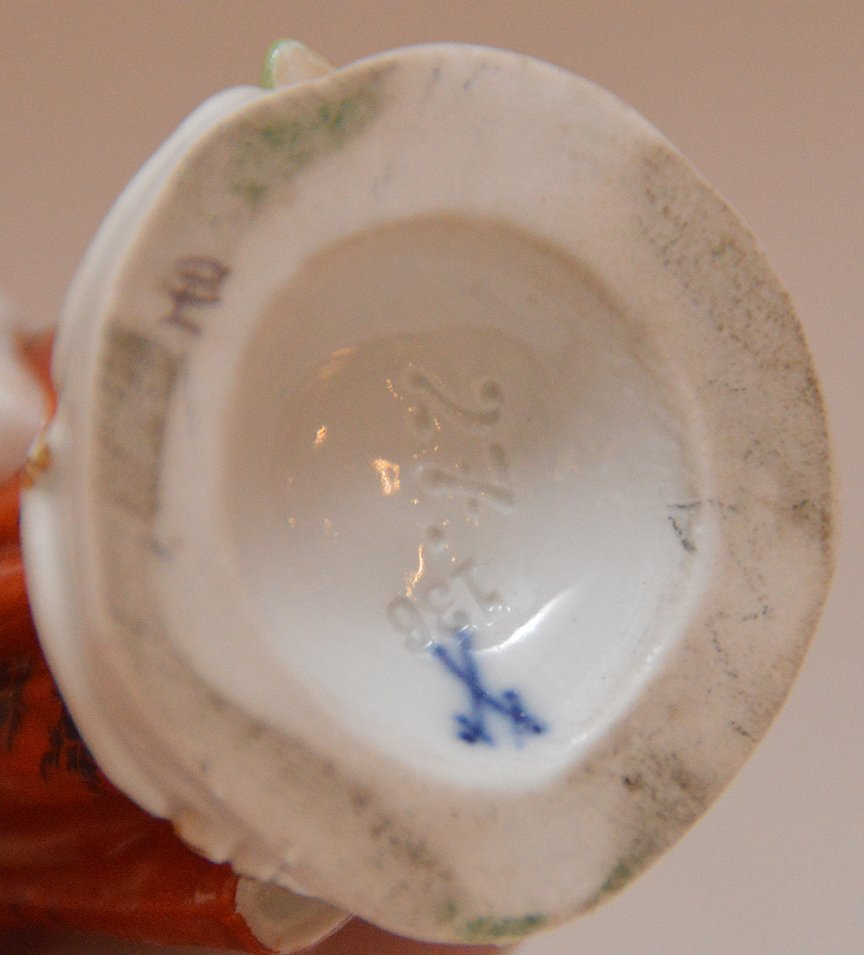 Meissen Porcelain Figure woman with fruit basket, Ht. 5 - 4