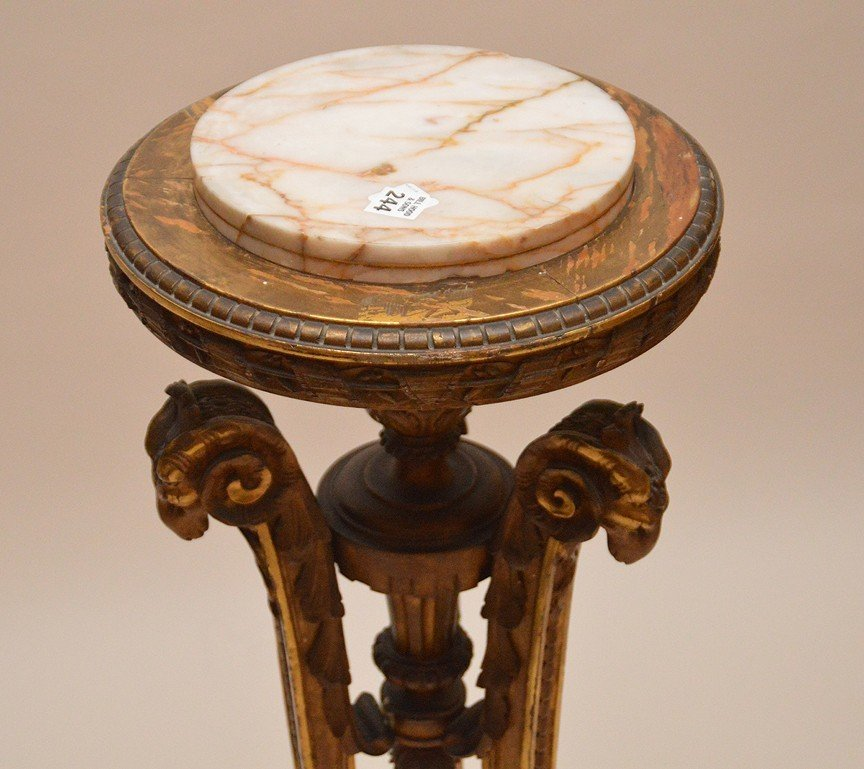 Gilt wood pedestal with 3 ram head supports and onyx - 2