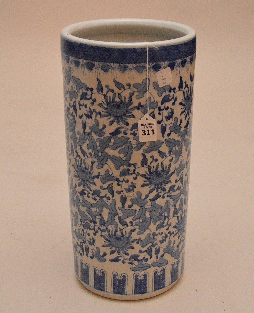 """Chinese Porcelain Blue & White Umbrella Stand. Ht. 18"""""""