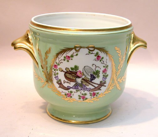 "12: French cache pot, signed "" Limoges"" gilt decorated"
