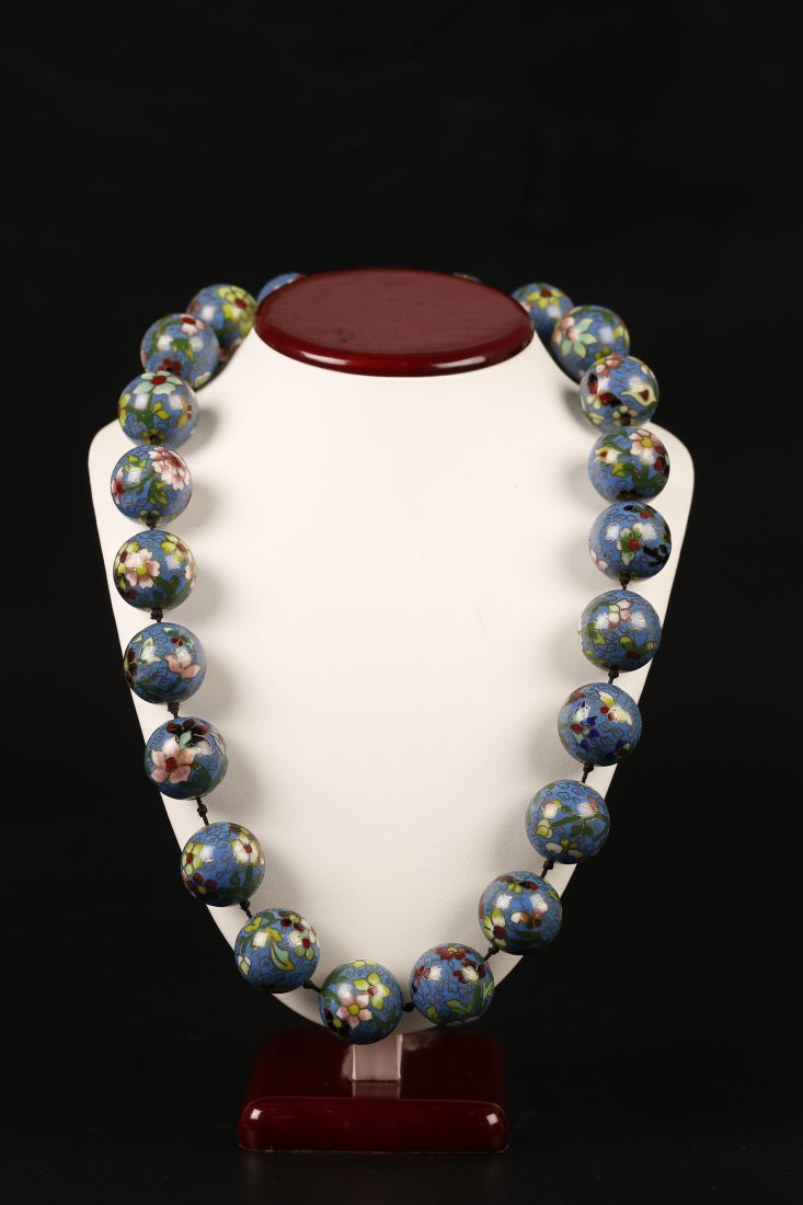 A 20th Century Cloisonné Beaded Necklace.