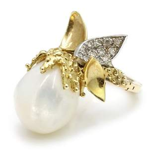 18K Gold Mother of Pearl Ring