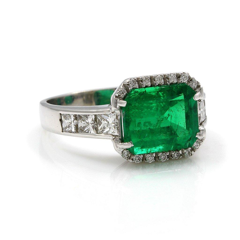 Emerald Diamond 18K White Gold Ring - 2