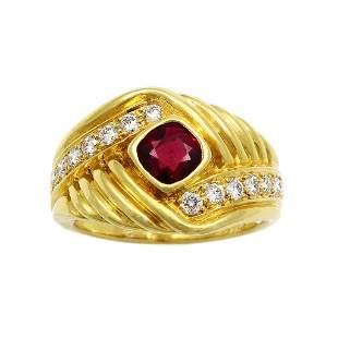 Van Cleef & Arpels Ruby Diamond 18K Gold Ring