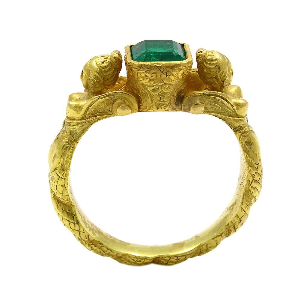 Antique Emerald 18K Yellow Gold Ring with 2 Body Figure