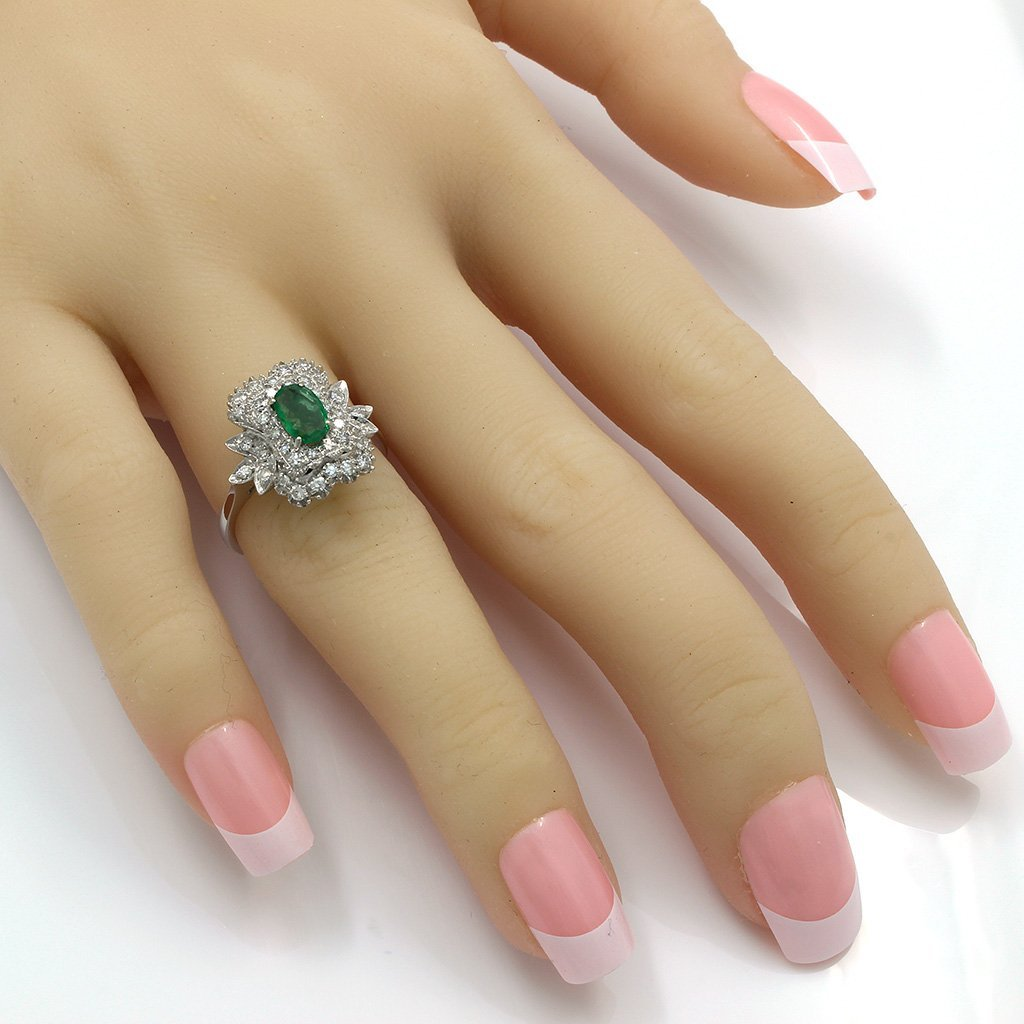 Emerald Diamond 18K White Gold Cluster Ring - 4