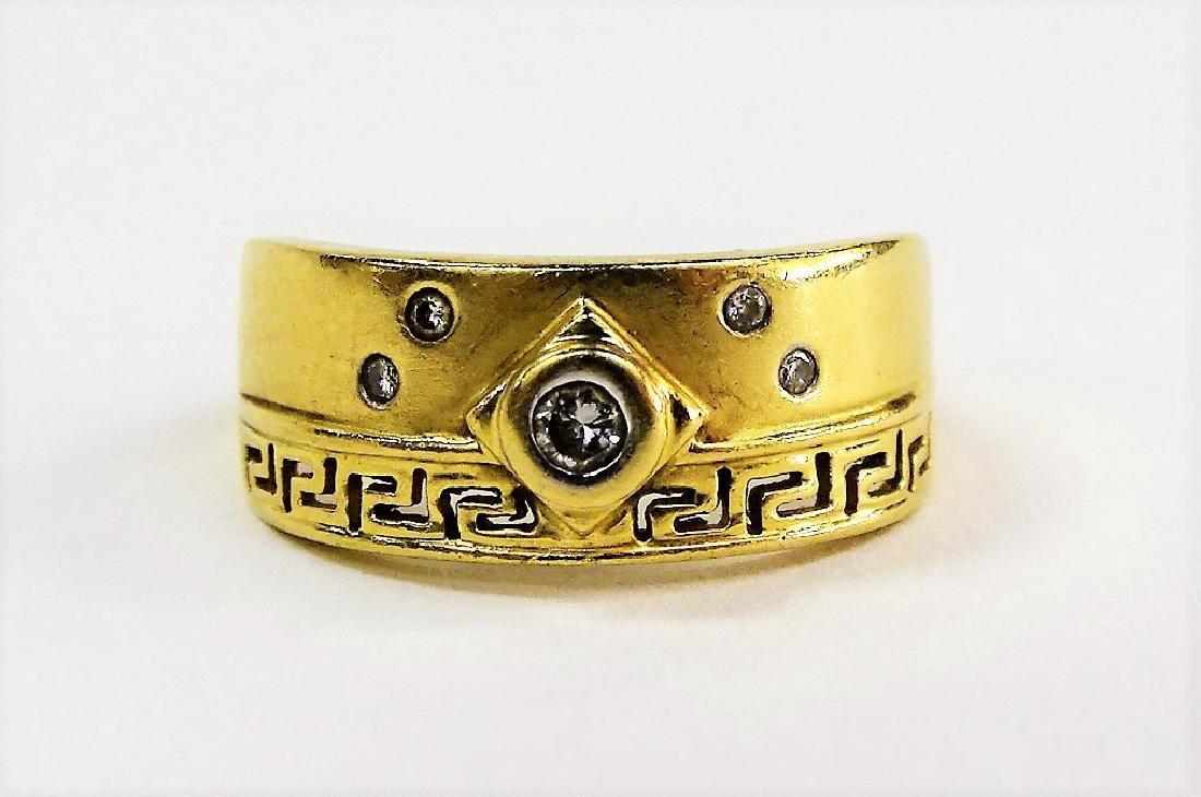 LADIES 14KT GOLD DIAMOND RING
