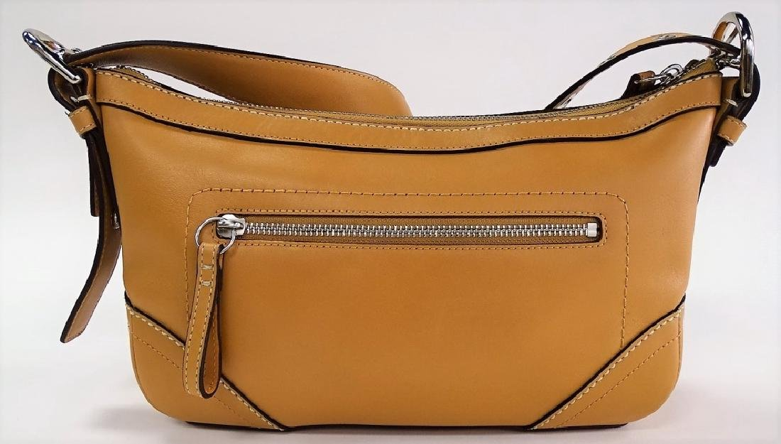 LIKE NEW CONDITION COACH LEATHER LADIES PURSE - 3