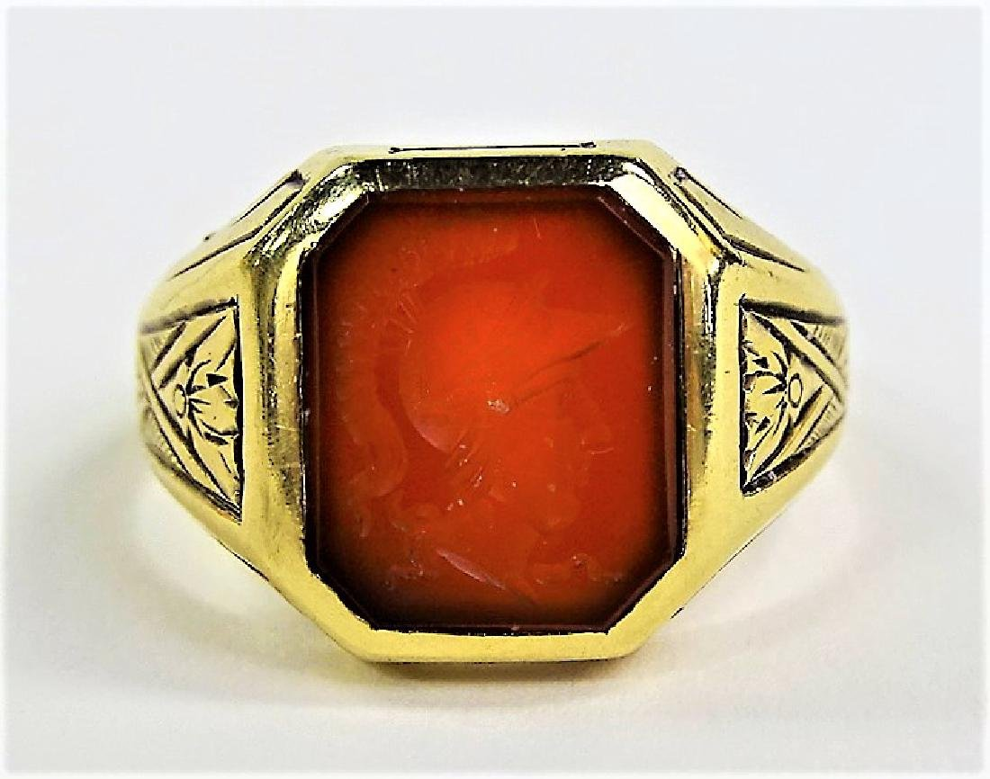 VINTAGE 14KT YELLOW GOLD CARNELIAN INTAGLIO RING