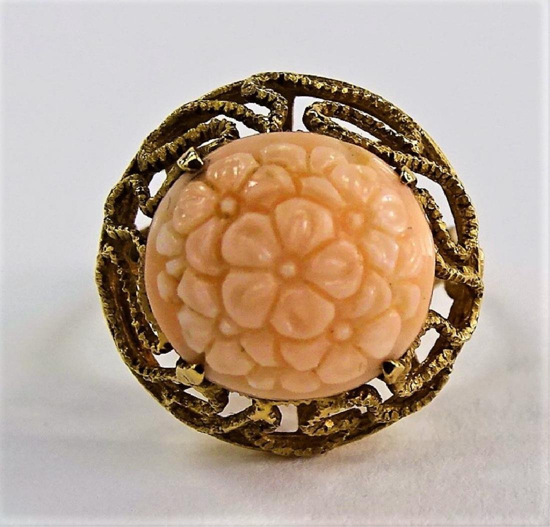 14KT Y GOLD AND ANGEL SKIN CORAL RING