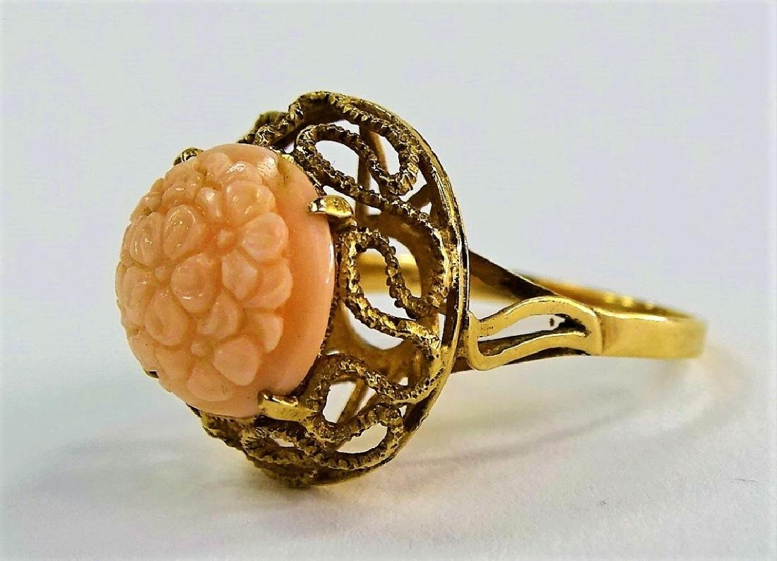 14KT Y GOLD AND ANGEL SKIN CORAL RING - 3