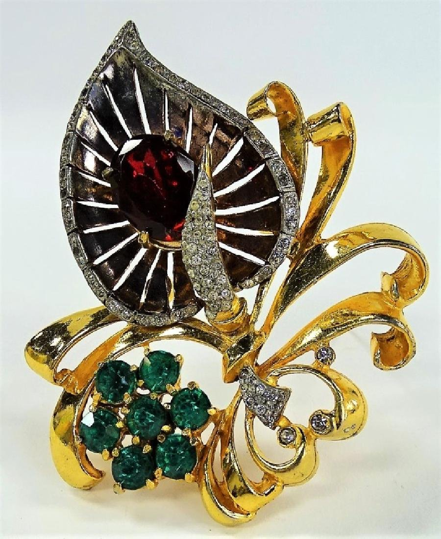 LARGE RETRO GOLD TONE W/ FAUX RUBY FLOWER BROOCH