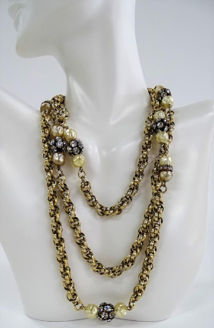 VINTAGE GLD TN W/ FAUX PEARL ELONGATED NECKLACE