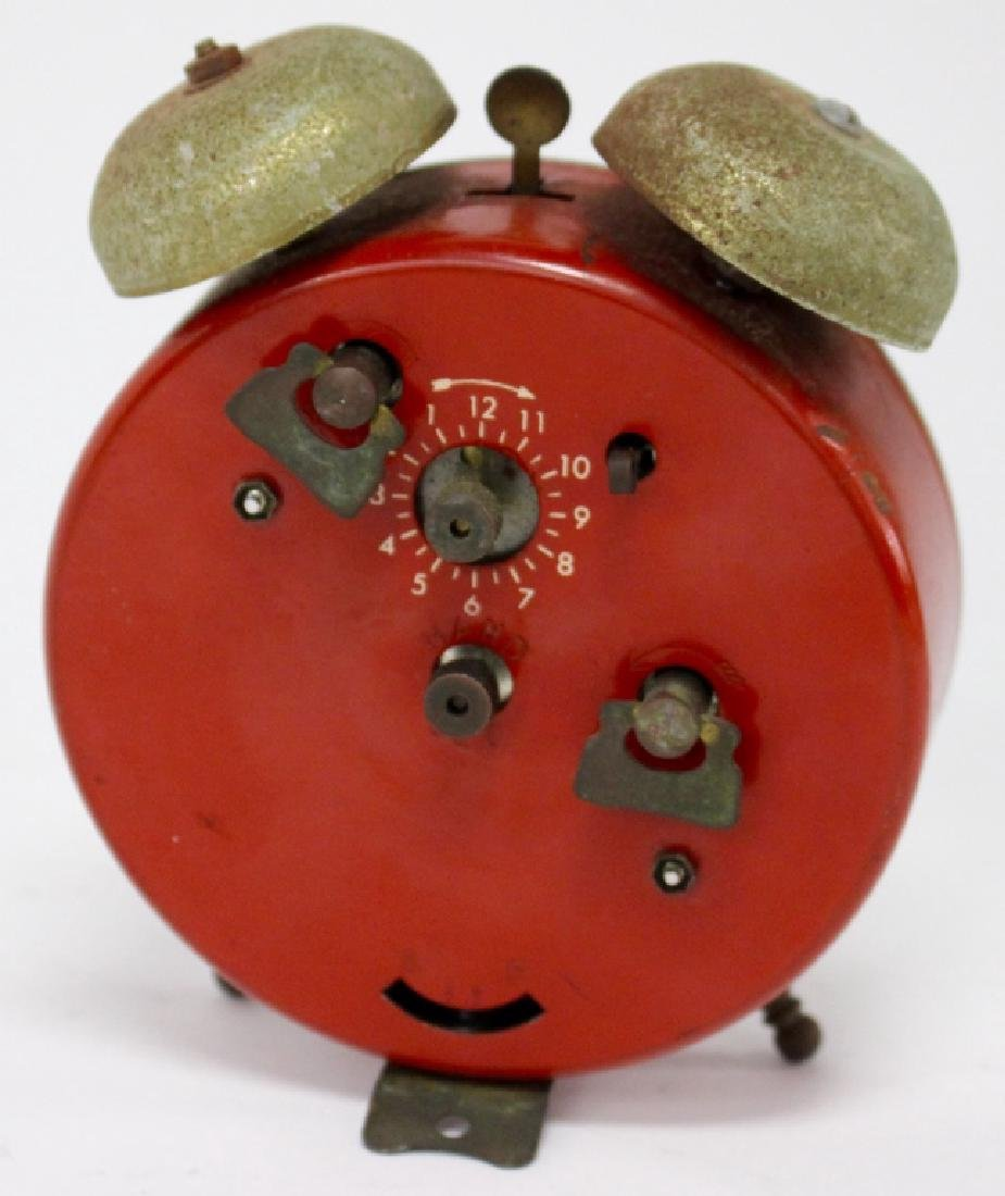 VINTAGE BRADELY MICKEY MOUSE NOVELTY ALARM CLOCK - 3