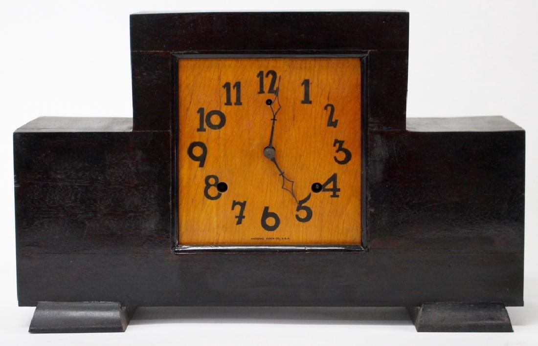 VINTAGE NATIONAL CLOCK CO. WOOD CASE MANTEL CLOCK