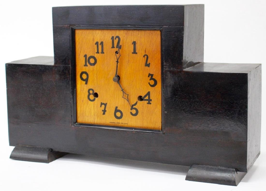 VINTAGE NATIONAL CLOCK CO. WOOD CASE MANTEL CLOCK - 3
