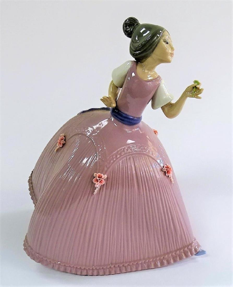 LLADRO PORCELAIN 'GIRL IN PINK DRESS' #5120