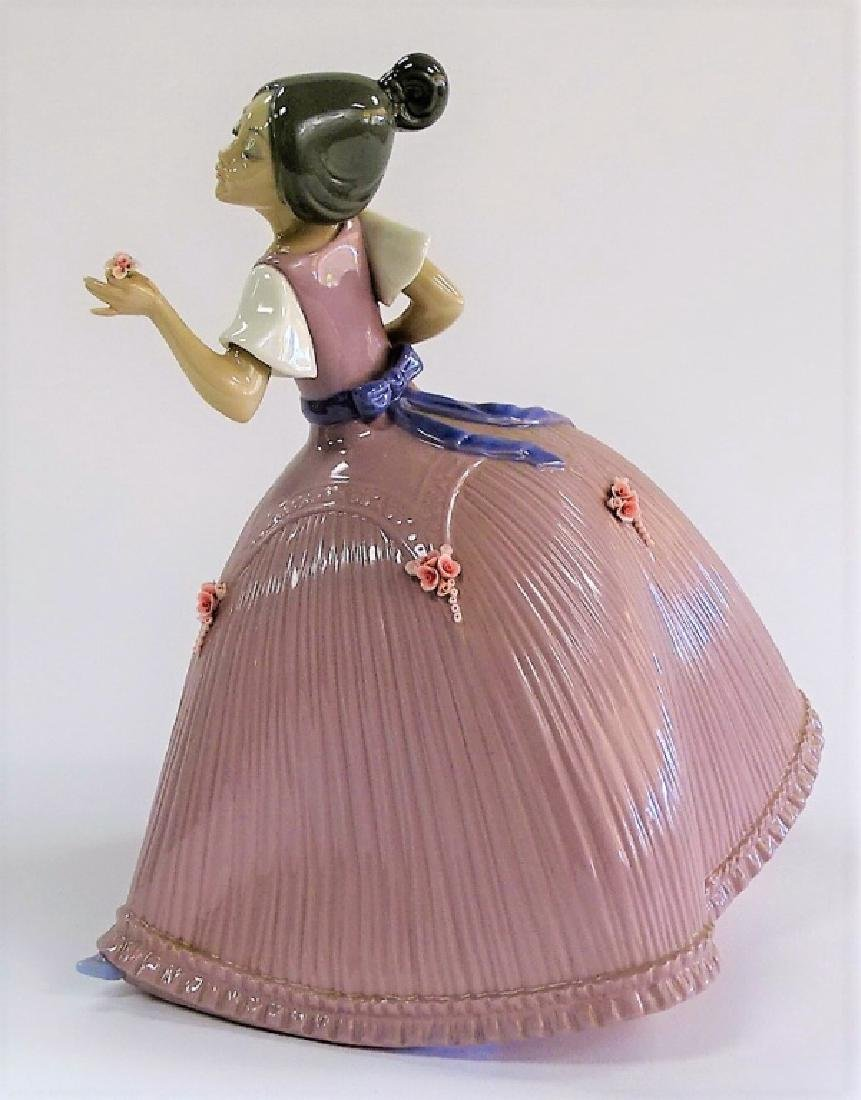 LLADRO PORCELAIN 'GIRL IN PINK DRESS' #5120 - 2