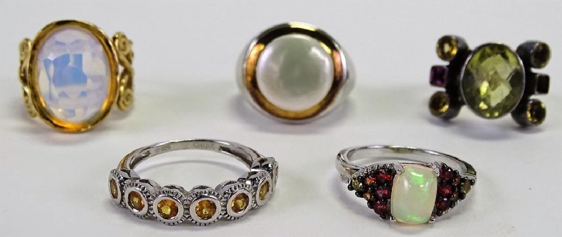 LOT OF 5 STERLING SILVER RINGS WITH GEMSTONES