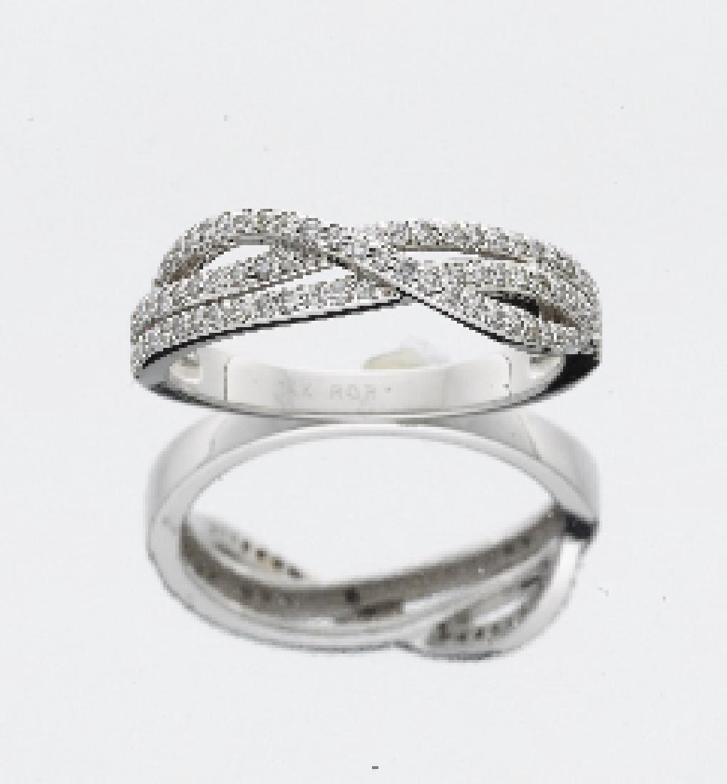 LADIES 14KT WG DIAMOND WEDDING RING